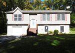Foreclosed Home en JOHN LN, Shohola, PA - 18458
