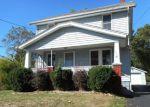 Foreclosed Home en ELLET AVE, Akron, OH - 44312