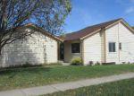Foreclosed Home en PARKSIDE LN, Lincoln, NE - 68521