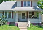 Foreclosed Home en WOODLAND AVE, Moberly, MO - 65270
