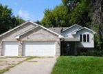 Foreclosed Home en HAYWARD AVE N, Forest Lake, MN - 55025