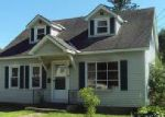 Foreclosed Home en SAND SPRINGS RD, Williamstown, MA - 01267