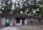 Foreclosed Home en PINE FOREST CIR, Crescent City, FL - 32112
