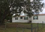 Foreclosed Home en E HOLIDAY DR, Lorida, FL - 33857