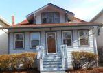 Foreclosed Home en S TAYLOR AVE, Oak Park, IL - 60304