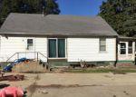 Foreclosed Home en S LOCUST ST, Wenona, IL - 61377