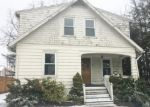 Foreclosed Home in QUINSIGAMOND AVE, Waterbury, CT - 06708