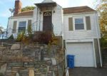 Foreclosed Home en MENDON RD, Cumberland, RI - 02864