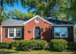 Foreclosed Home en PALATKA RD, Louisville, KY - 40214