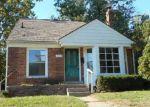 Foreclosed Home en CANTERBURY DR, Pontiac, MI - 48341