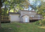 Foreclosed Home en CRYSTAL LAKE RD, Tolland, CT - 06084