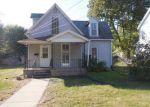 Foreclosed Home en S PRAIRIE ST, Jacksonville, IL - 62650