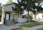Foreclosed Home en N JACKSON ST, Waukegan, IL - 60085