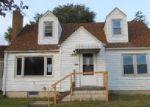 Foreclosed Home en J ST, Omaha, NE - 68107