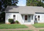 Foreclosed Home en E PALMER ST, Union City, TN - 38261