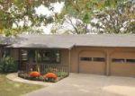 Foreclosed Home en HIDDEN ACRES RD, Camdenton, MO - 65020