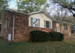 Foreclosed Home en SUN VALLEY CIR, Edmonton, KY - 42129