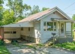 Foreclosed Home in N 9TH AVE W, Newton, IA - 50208