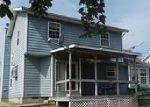 Foreclosed Home en PLUM AVE, Mount Vernon, IL - 62864