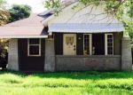 Foreclosed Home en S 18TH ST, Fort Smith, AR - 72901