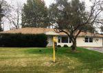 Foreclosed Home en W PETERSON DR, Plainfield, IL - 60586