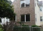 Foreclosed Home en S CARPENTER ST, Chicago, IL - 60620