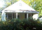 Foreclosed Home en DUNDAS AVE, Warwick, RI - 02889