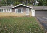 Foreclosed Home en COOPER AVE, Elyria, OH - 44035