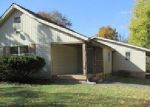 Foreclosed Home en CHEATHAM ST, Springfield, TN - 37172
