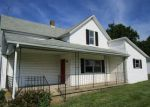 Foreclosed Home en E COUNTY ROAD 525 N, Mooreland, IN - 47360