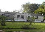 Foreclosed Home en BAYOU DR, Channelview, TX - 77530