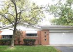 Foreclosed Home en HAWTHORNE TER, Des Plaines, IL - 60016