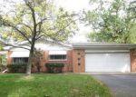 Foreclosed Home en HAWTHORNE TER, Des Plaines, IL - 60016