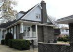 Foreclosed Home en GENEVA AVE, Melrose Park, IL - 60164