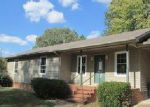 Foreclosed Home en CYPRESS LN, Dresden, TN - 38225