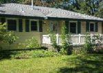 Foreclosed Home en 3RD STREET CT N, Saint Paul, MN - 55128