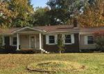 Foreclosed Home en APPLE AVE, Mount Vernon, IL - 62864