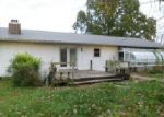 Foreclosed Home en VICTOR LN, Carterville, IL - 62918