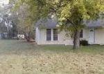 Foreclosed Home en W KIRBY ST, Haysville, KS - 67060