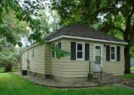 Foreclosed Home en 3RD AVE SW, Wells, MN - 56097