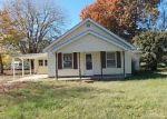 Foreclosed Home en S CROSNO AVE, Bonnie, IL - 62816