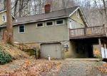 Foreclosed Home en BUFFALO HOLLOW RD, Glen Gardner, NJ - 08826