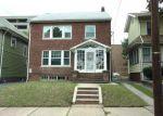 Foreclosed Home en PARKVIEW TER, Newark, NJ - 07112