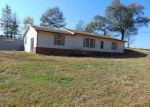 Foreclosed Home en RED HILL CENTER RD, Lawrenceburg, TN - 38464