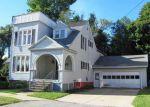 Foreclosed Home en CRESCENT ST, Rutland, VT - 05701