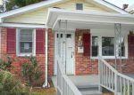 Foreclosed Home en REDWOOD ST, Hampton, VA - 23669