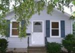 Foreclosed Home en W 22ND AVE, Oshkosh, WI - 54902
