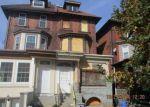 Foreclosed Home en CHESTER AVE, Philadelphia, PA - 19143