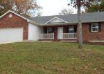 Foreclosed Home en LARSON RD, Waynesville, MO - 65583