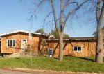 Foreclosed Home en CATHERINE ST, Cedar Falls, IA - 50613